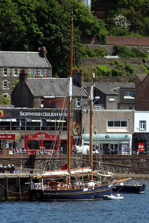 20100605 - 09 Spirit of Scotland on Oban North Pier - Img_2343