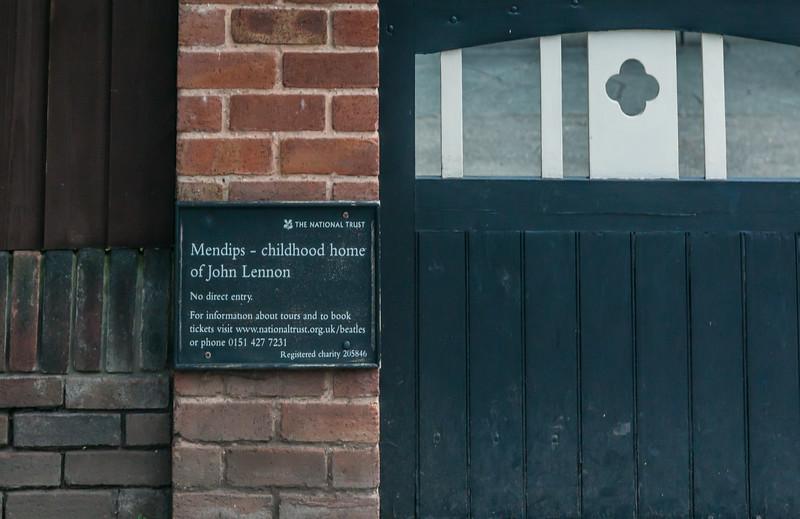 UK-LIVERPOOL-MAGICAL MYSTERY TOUR-JOHN LENNON HOME