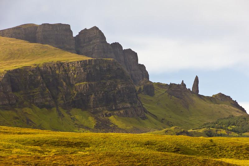 SCOTLAND-ISLE OF SKYE-THE STORR-OLD MAN OF STORR