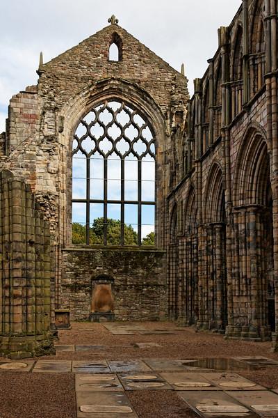 SCOTLAND-EDINBURGH-HOLYROOD ABBEY