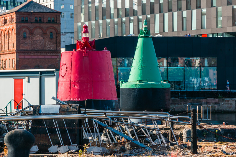 UK-LIVERPOOL-CANNING DOCK-CHANNEL MARKERS