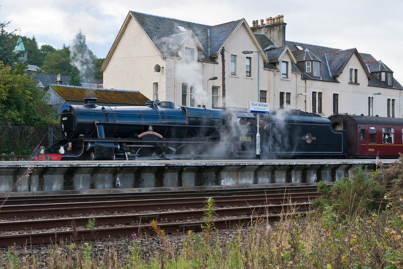 "SCOTLAND-FT. WILLIAM-""THE SHERWOOD FORESTER"" TRAIN aka ""HARRY POTTER"" TRAIN"