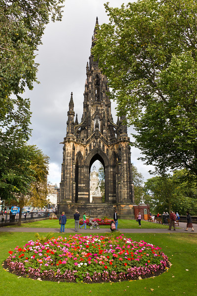 SCOTLAND-EDNIBURGH-SCOTT MONUMENT