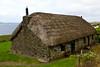 SCOTLAND-ISLE OF SKYE-LUSTA-THATCHED ROOF HOUSE