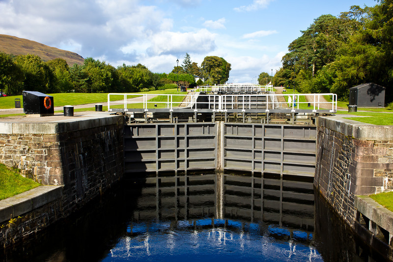 SCOTLAND-CORPACH-CALEDONIA CANAL-NEPTUNE'S STAIRCASE