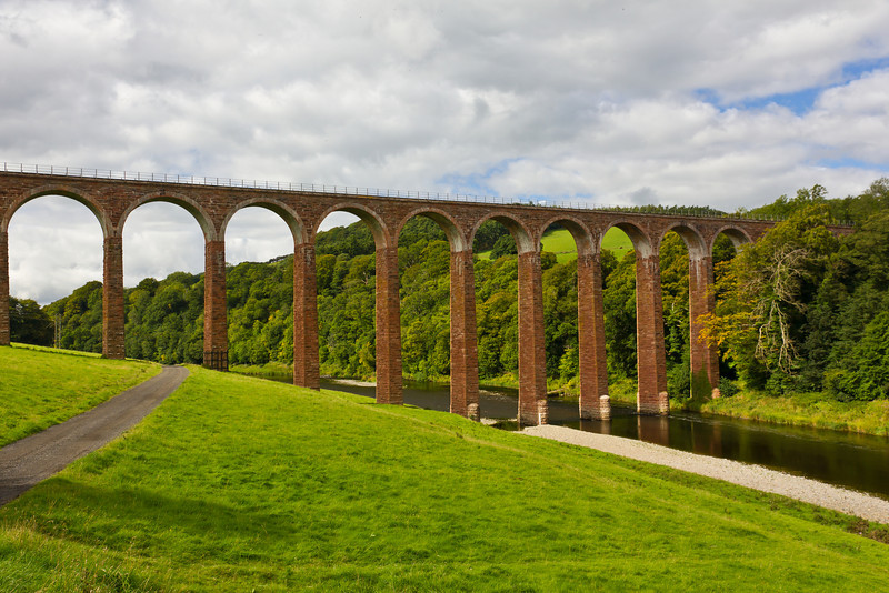 SCOTLAND-LEADERFOOT-LEADERFOOT VIADUCT