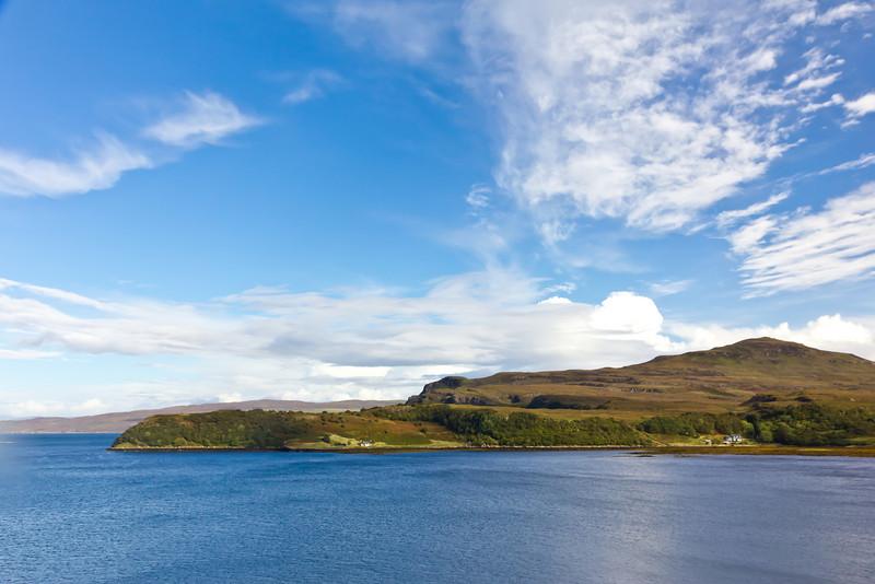 SCOTLAND-ISLE OF SKYE-HEATHERSFIELD