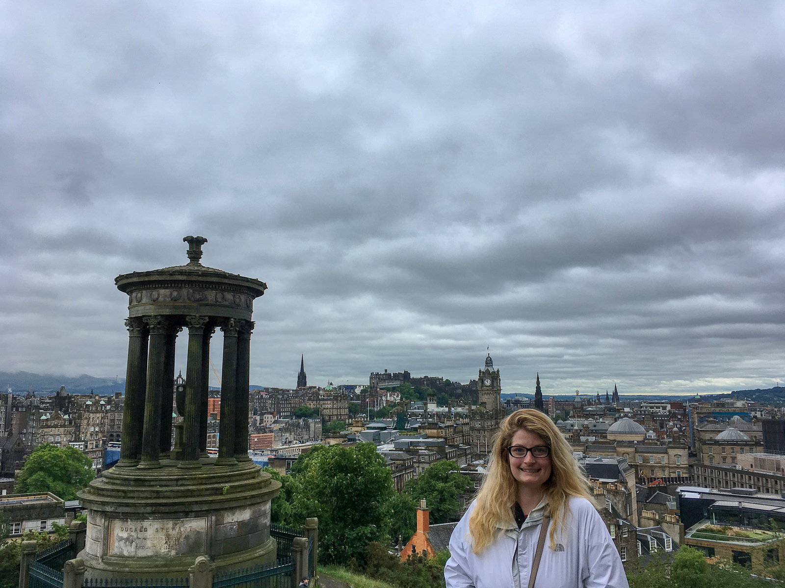 an edinburgh weekend trip promises many great sights