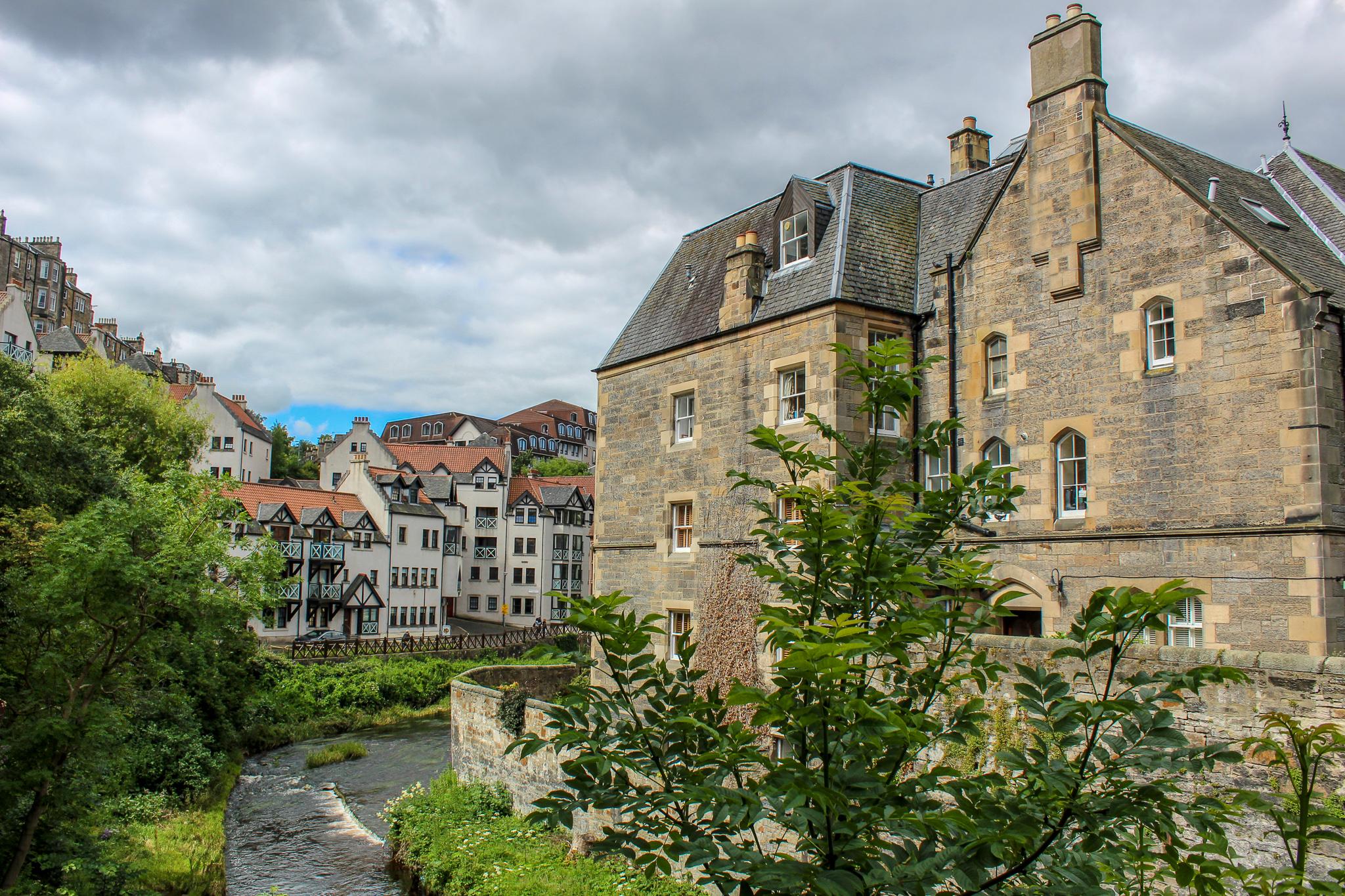itinerary for edinburgh should include dean village