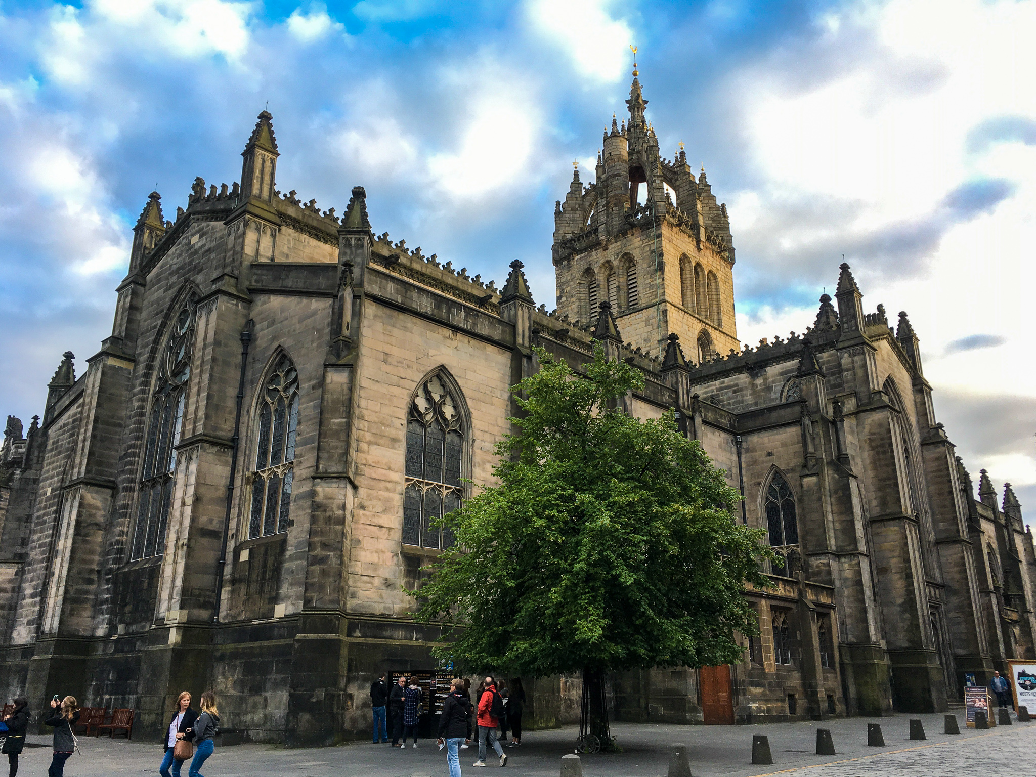 2 days in edinburgh: don't miss the cathedral