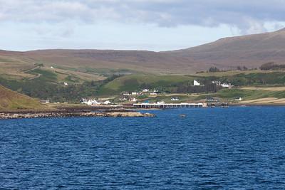 Approaching Uig, Skye