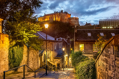 Edinburgh Castle from the Vennel Steps