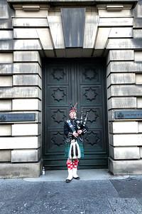 Bagpipe Piper, The Royal Mile, Edinburgh, Scotland, United Kingdom