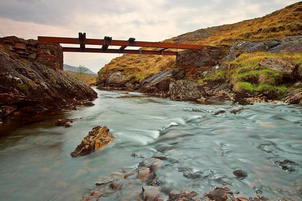 Bridge to nowhere PB2443