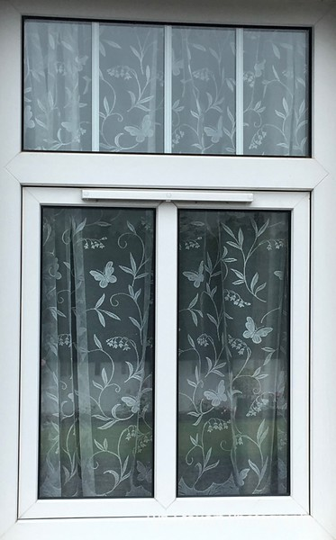 Cottage window covering