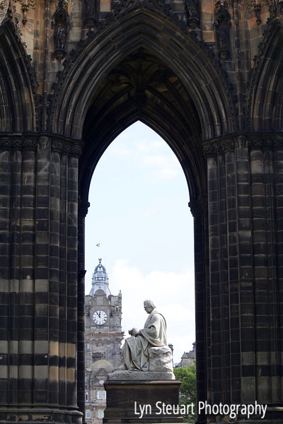 Sir Walter Scott Monument & Clock tower of Balmoral Hotel