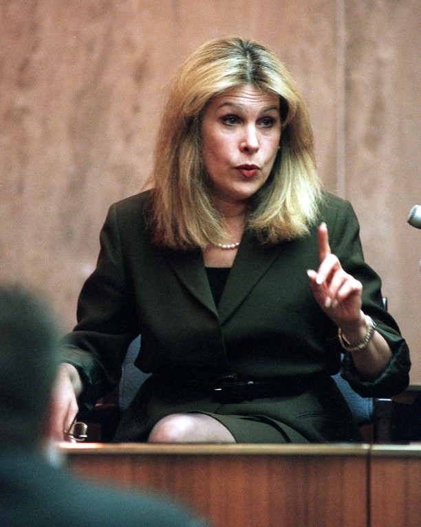 . Vicki Abt, professor of sociology at Penn State University, testifies during the trial of a $50 million wrongful death suit brought by the family of Scott Amedure against \'The Jenny Jones Show,\' in Oakland County Circuit Court in Pontiac, Mich., Friday, April 9, 1999.  Amedure\'s family is suing the show, distributor Warner Bros. and producer Telepicture Productions contending the show\'s \'ambush\' TV tactics drove Jonathan Schmitz to shoot Amedure.