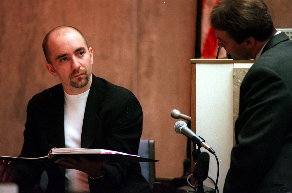 . Ron Muccianti, left, producer for \'The Jenny Jones Show\'  answers questions for Greg Schuetz attorney for Warner Bros. and \'The Jenny Jones Show\' during his testimony in Oakland County Circuit Court, Ponitac, Mich., April 20, 1999 during the trial of a $50 million wrongful death suit brought by the family of Scott Amedure against \'The Jenny Jones Show\'. (AP Photo/Charlie Cortez, Pool)