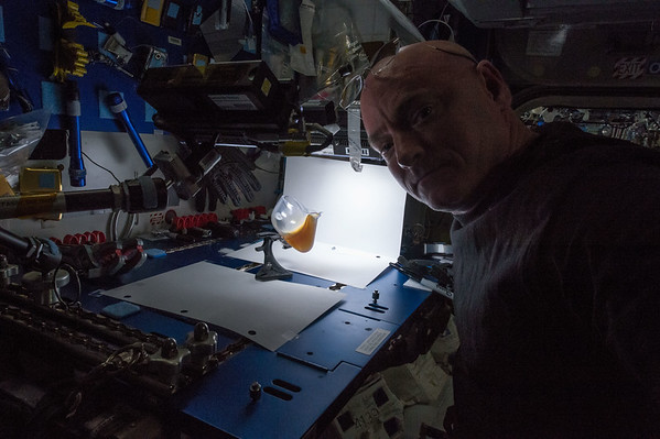 Morning #coffee break with my capillary beverage cup of joe. Good morning from @space_station! #YearInSpace