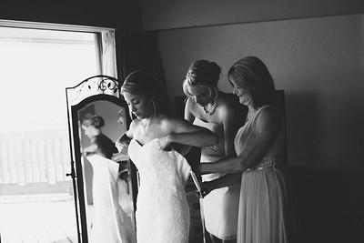 Scott & Kristen _ Getting Ready  (145)