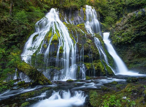 Dueling Falls