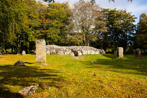 Clava Cairns Standing Stone and Passage Chamber