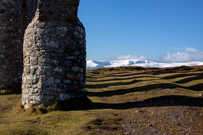 Fyrish Monument and the view to Ben Wyvis