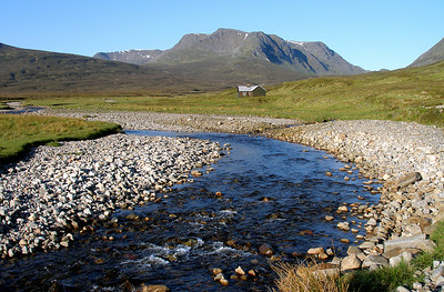 Allt a'Chaoile-reidhe and Ben Alder.  6.30am, 9/6/06