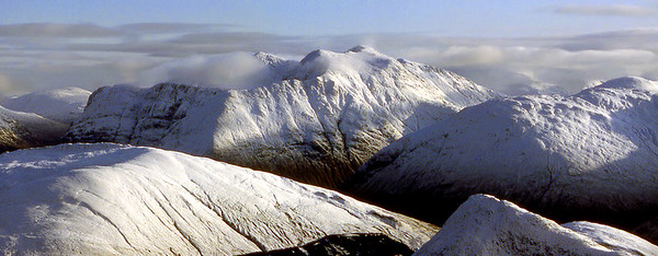 Bidean from the E end of Beinn a'Bheithir.  mid-day, 27/11/82