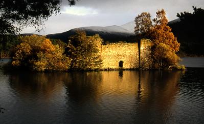 The castle in Loch an Eilein.  3pm, 30/10/92
