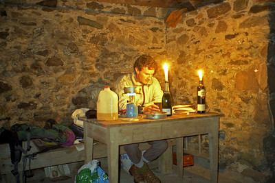 . . . where I spent a peaceful evening.  ~ The 2 litre bottle contained peaty water, in case you were wondering.