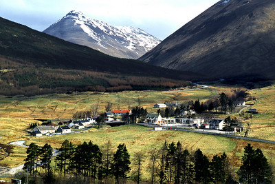 Tyndrum, with Beinn Odhar.  11am, 30/04/79  ~ When it was a one-horse town. It now has at least a horse and a donkey.