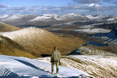 Descending Stob Coir' an Albannaich, looking east.  5pm, 17/03/85