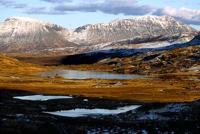 Beinn an Dothaidh and Beinn Dorain, beyond Loch Dochart.  6pm, 17/03/85