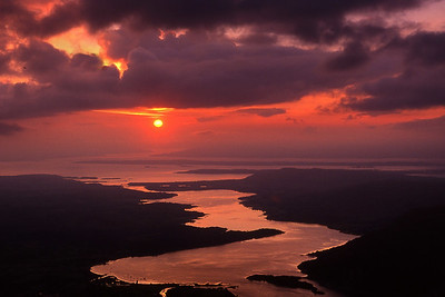 Evening on Loch Etive, from Stob Dearg of Cruachan.  8pm, 02/09/00