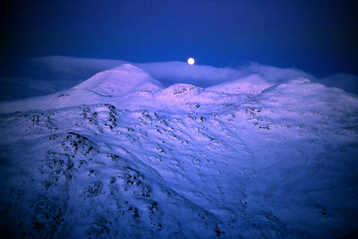 Moonrise between Ben More and Stobinian.  4.30pm