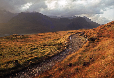 The track to Camas Fhionnarigh