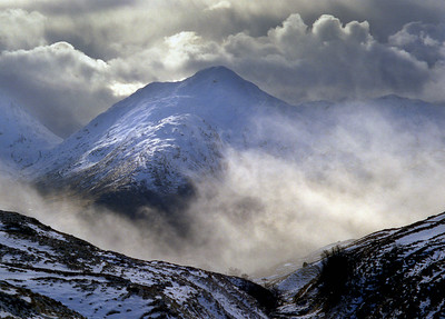 Sgurr Thuilm from the Bealach a'Chinn-bhric.  3pm, 25/02/95  ~ From Strathan over to Kinbreack for a few nights and a hill or two.