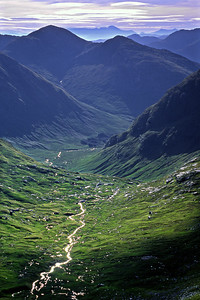 From Druim Fiaclach to Ben Nevis.  8.45am, 23/07/00   ~ looking down Coire Reidh to Glen Aladale, then over the shoulder of Beinn Odhar Bheag.