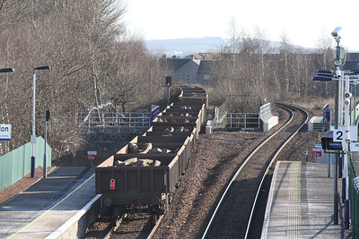 6K20 Thornton - Mossend via Alloa and Millerhill passes Camelon
