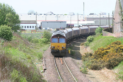 66099 heads east towards Mauchline Junction