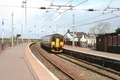 156514 passes Newton on Ayr station
