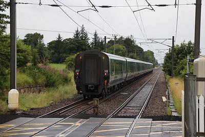 92043 5B26 sleeper ECS to Polmadie at Kirknewton 22 July 2020