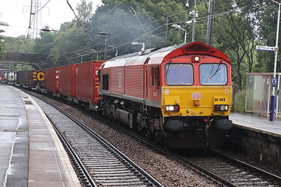 66044 digs in up the gradient through Curriehill on 4S99 Tees - Grangemouth on 22nd July 2020