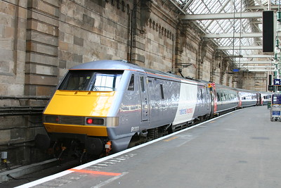 91111 at Glasgow Central in June 2008 - presumably the new livery at the time