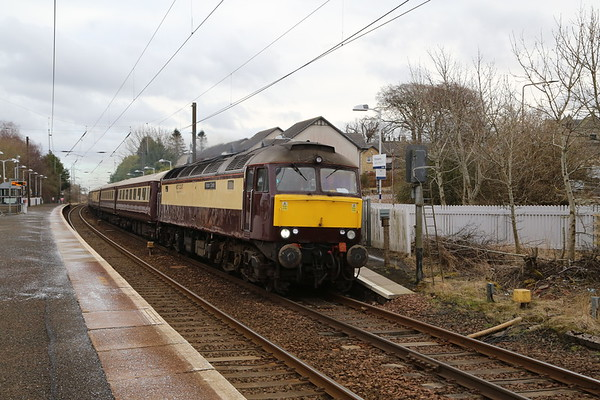 57601 passes Kirknewton with 5Z15 ECS on 20th March 2020 - surprising this ran given the COVID-19 social distancing guidelines