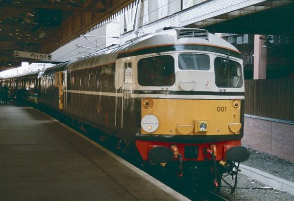 26001 and 26042 Waverley 12 september 1992