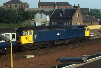 47586 northbound at Larbert (before it was renamed Centre of the Universe)