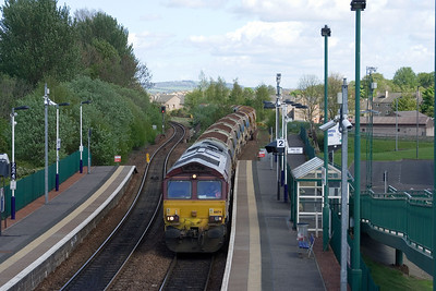 66174 waits at Camelon