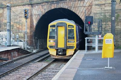 Haymarket Platform 4 terminating train signal